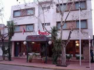Hotel Dali * *