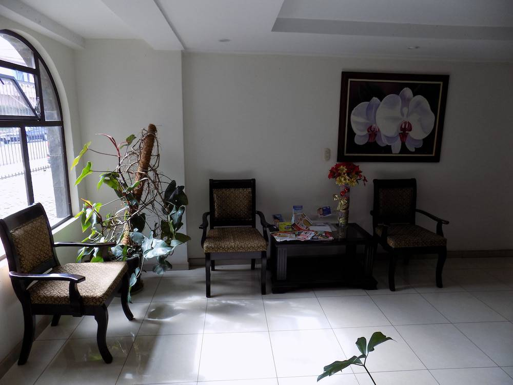 Hotel Plaza Real Suites & Apartments
